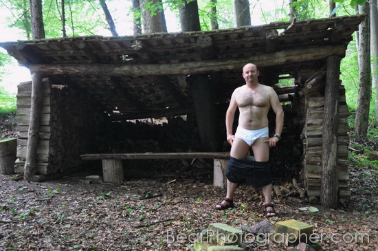 Hot muscle bear - erotic studio and woods photo shootings